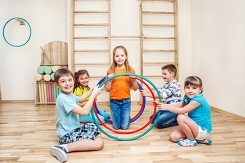 18 Blogs with Team Building Exercises for Kids - Hoops