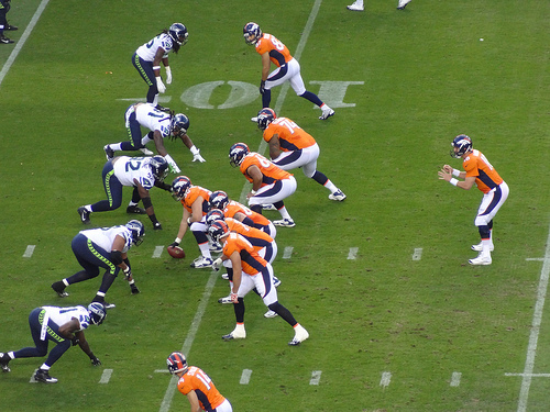 Peyton Manning's Incredible Week 1 Compared to Brett Favre's Best Game