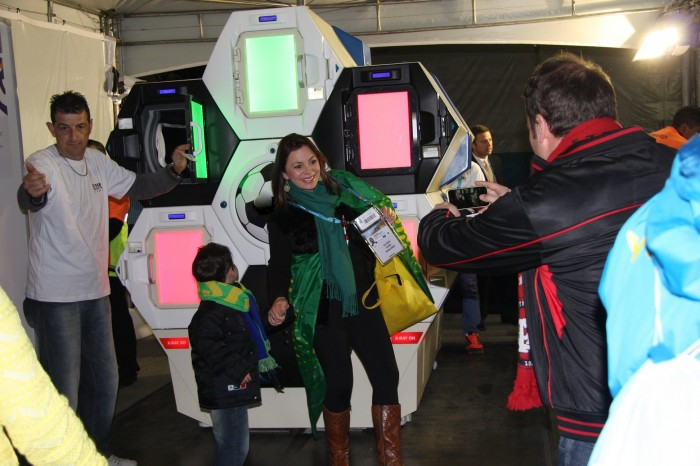 FIFA World Cup Brazil Security Included The Qylatron, Automated, Self-Screening Machine By Qylur - Sports Techie blog
