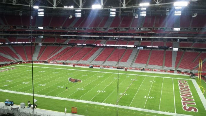 Arizona Cardinals Install Ephesus LED Sports Lights For 2014 Season, 2015 Super Bowl - Sports Techie blog