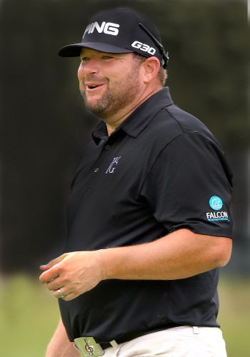 Falcon Waterfree Technologies enlists PGA Tour Golfer Jason Gore to help spread water conservation message.