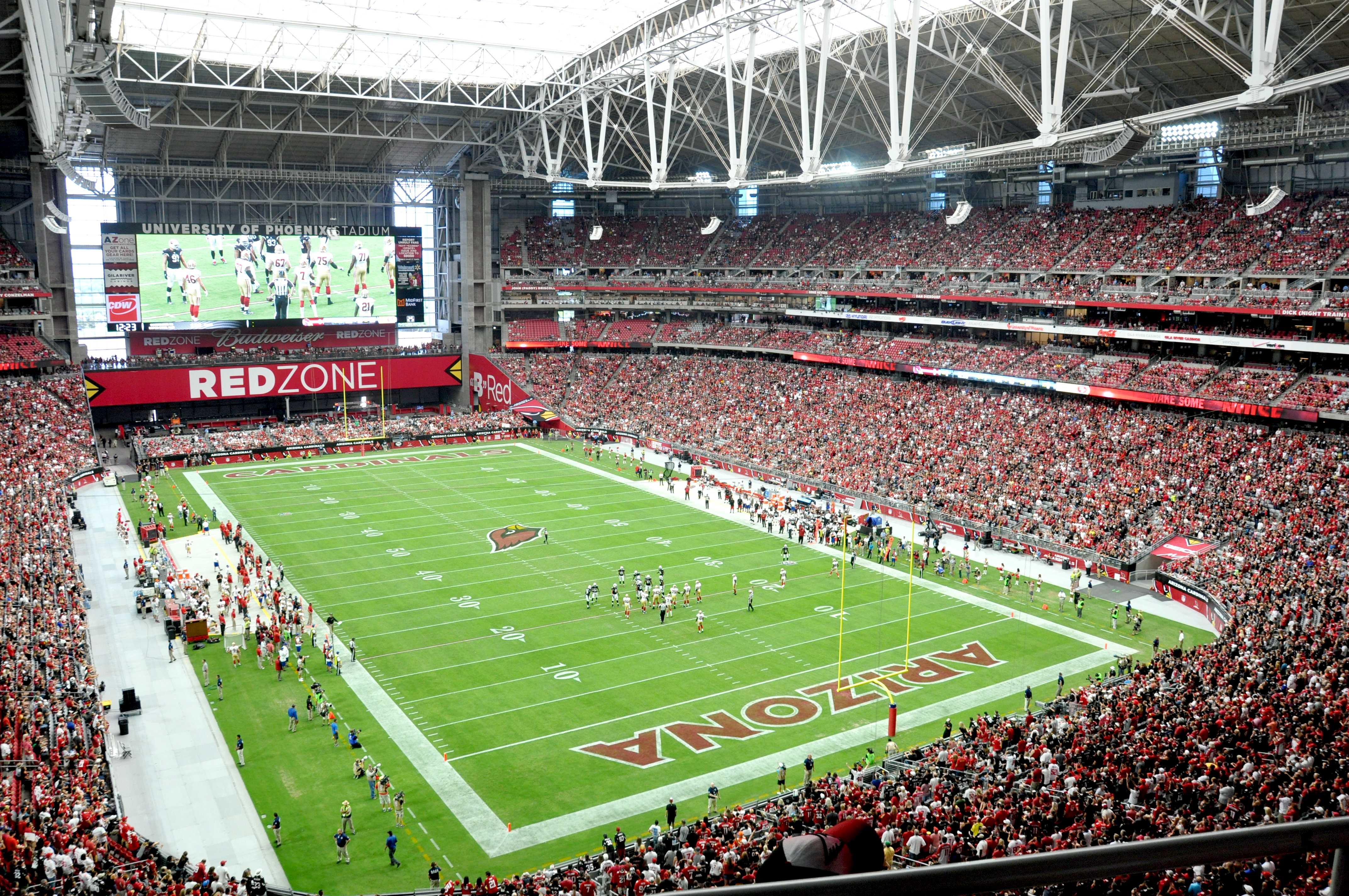 Eaton led illuminating final four at uop stadium us bank for Mercedes benz stadium price